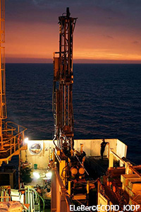 E364_Daily_Report_2016_05_23-ELeBerECORD_IODP.jpg